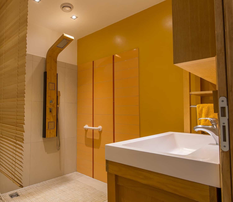 Salle de bains St Usuge